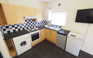 33 Bouverie Flat B Chester - Student Accommodation